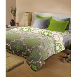 Raymond Green Cotton Double Bedsheet With Four Pillow Covers